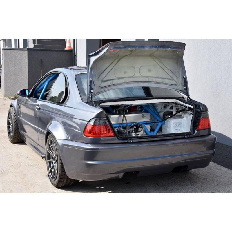 BMW E46 coupe / M3 - fiberglass OEM spec trunk/ boot lid