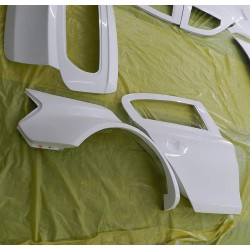 Lightweight FRP BMW E87 1 seiries wide rear quarter panels over